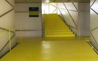 Pavimentos epoxi y poliuretano en Madrid - industria - Pinturas Cobalto