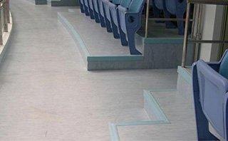colocacion de suelos de PVC