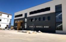 Servicios de pintura para empresas en Madrid - Fachada El Goloso -  Pinturas Cobalto